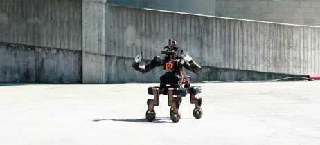 Novo robô Centauro traz 4 pernas e 2 braços para executar resgastes com flexibilidade