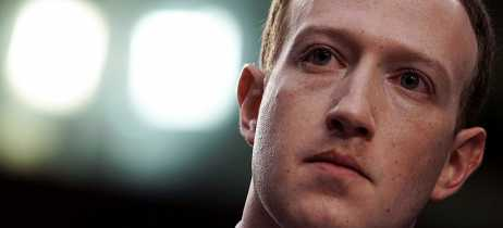 Apple impede Facebook de distribuir aplicativos internos para seus funcionários