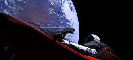 Starman Roadster, o carro que a SpaceX lançou no espaço, ultrapassou a órbita de Marte