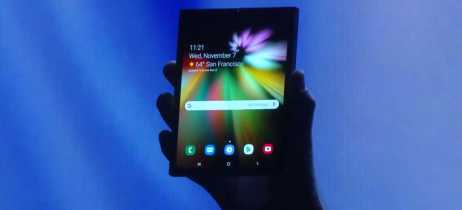 Samsung mostra seu primeiro smartphone com tela dobrável, o