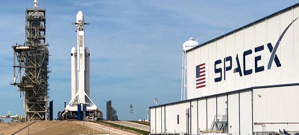 SpaceX fará o segundo lançamento do Falcon Heavy hoje